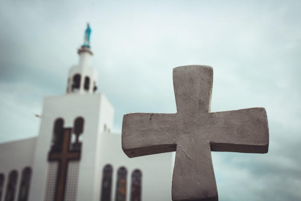 white cross statue