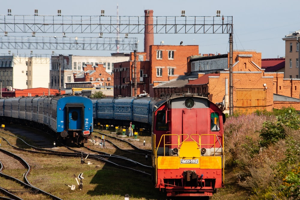 red and blue train