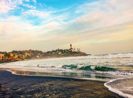 kovalam-trivandrum-kerala beach