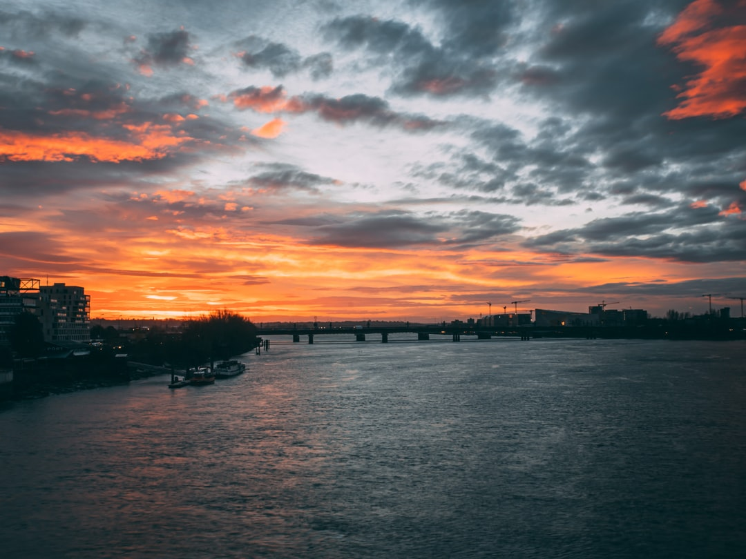 sunrise over the Pont de Pierre