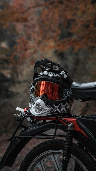 black and grey motorcycle helmet