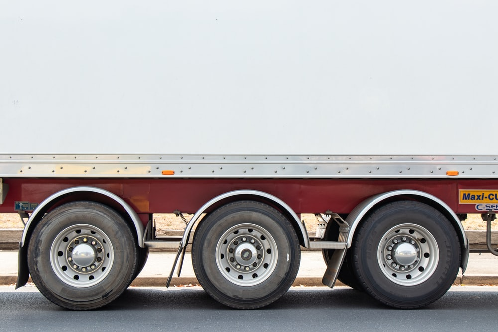 truck with six wheels