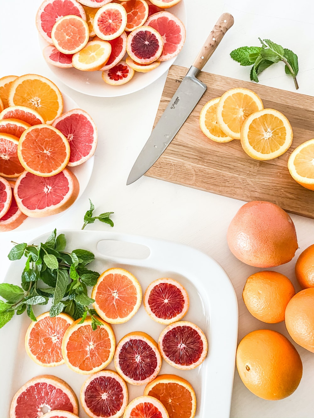slices of grapefruits