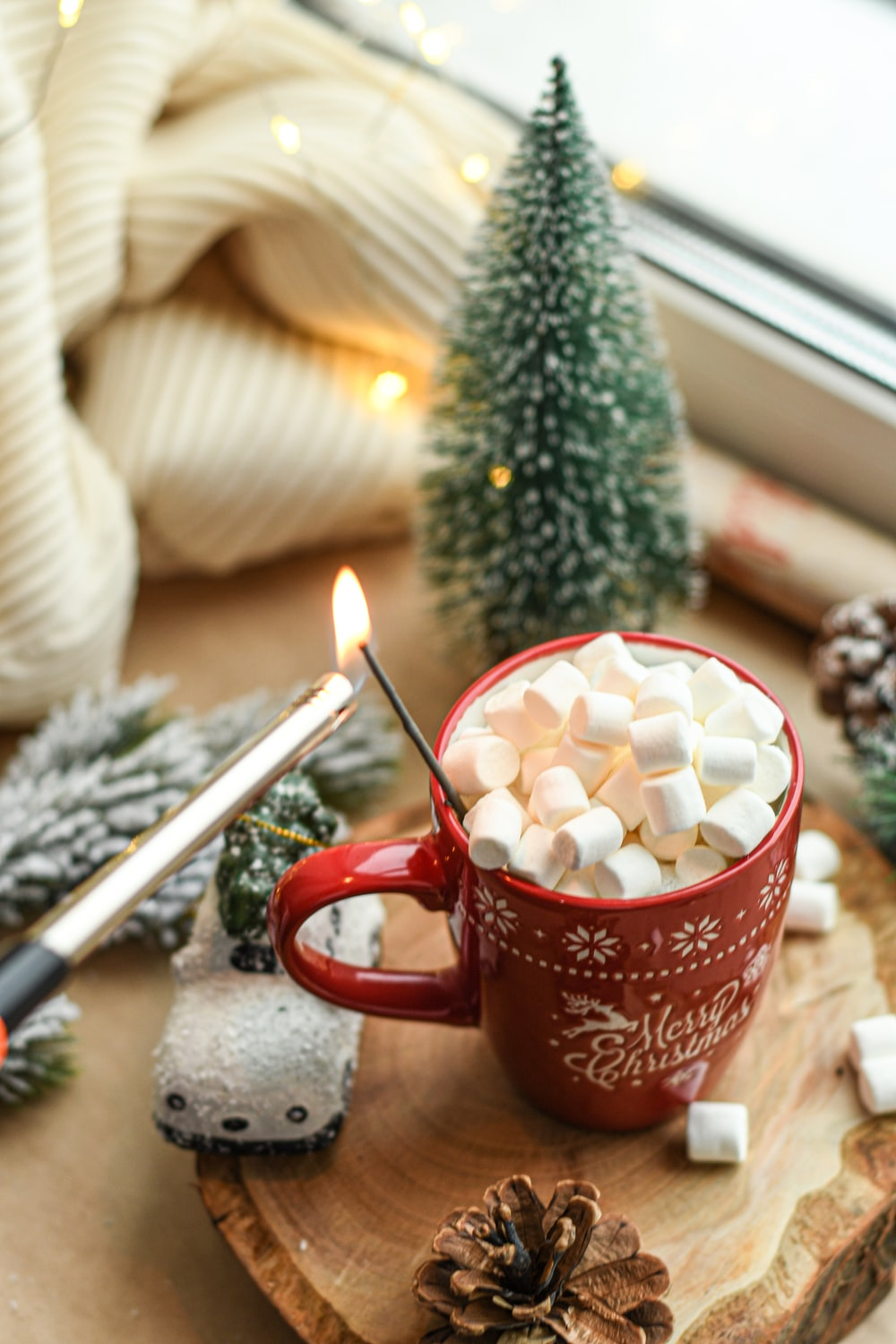 marshmallows in cup