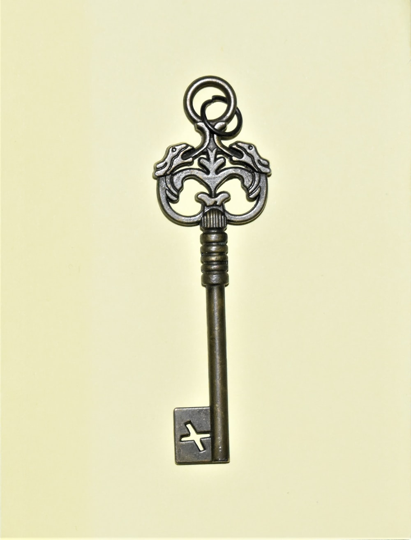 grey skeleton key