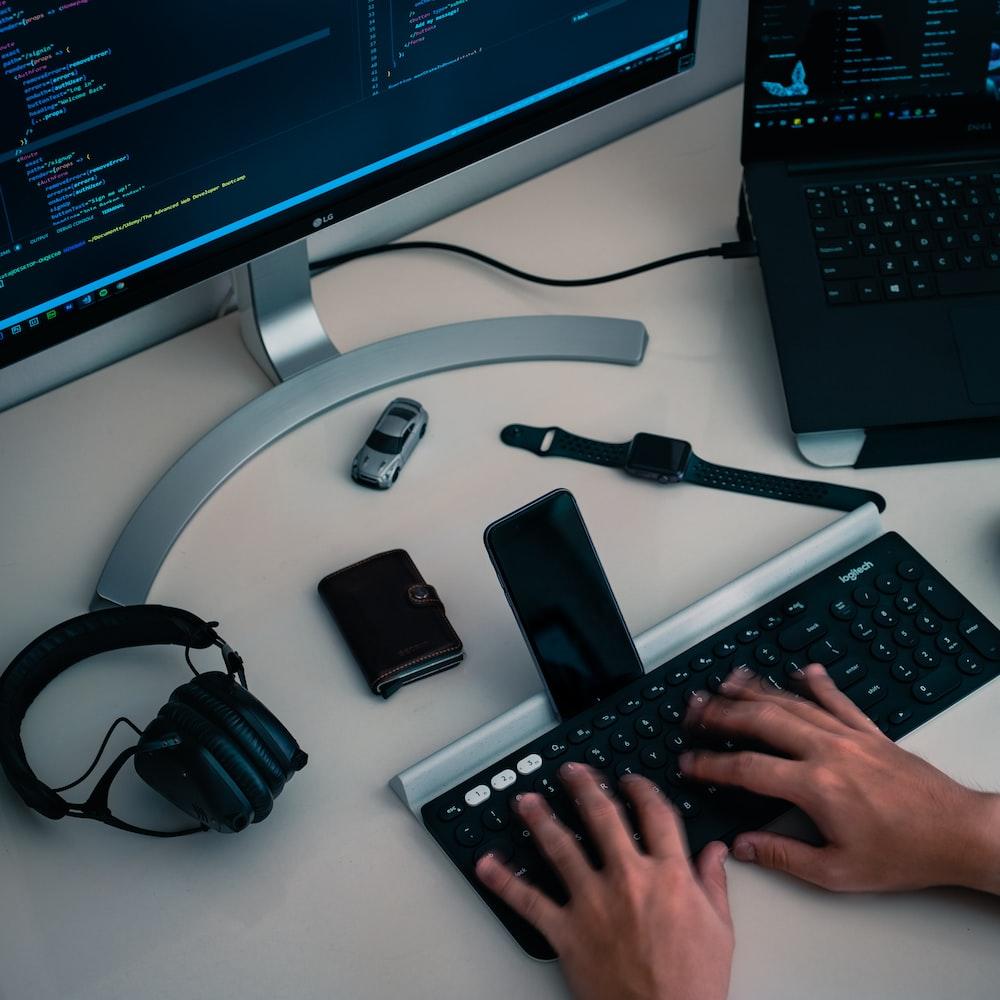 smartphone on keyboard dock