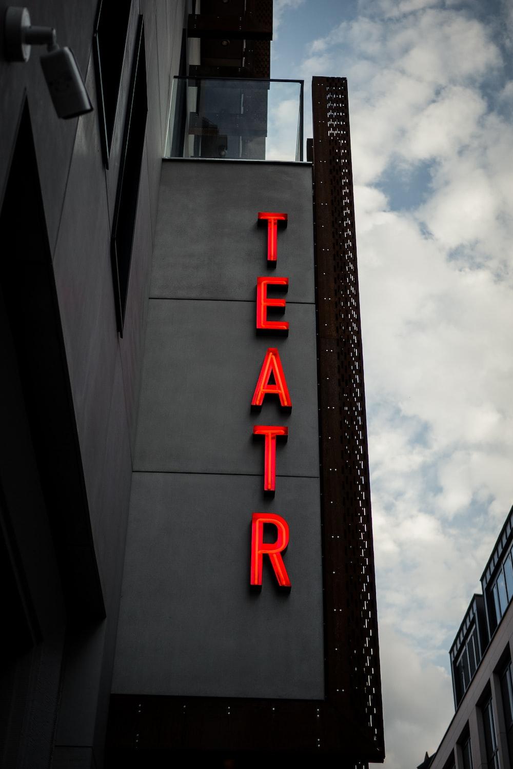 Teatr sign