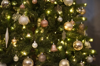 christmas tree with ornaments christmas tree teams background