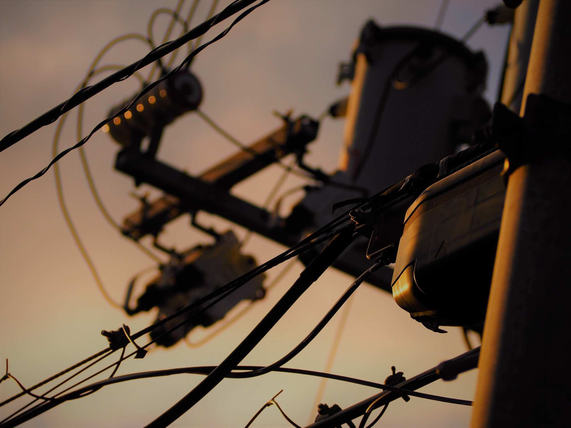 No more eyesore 'spaghetti' wires in Boracay by February