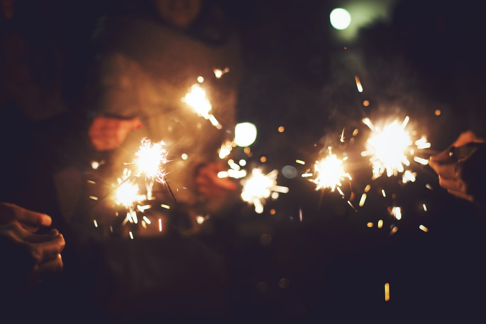 shallow focus photo of sparkles
