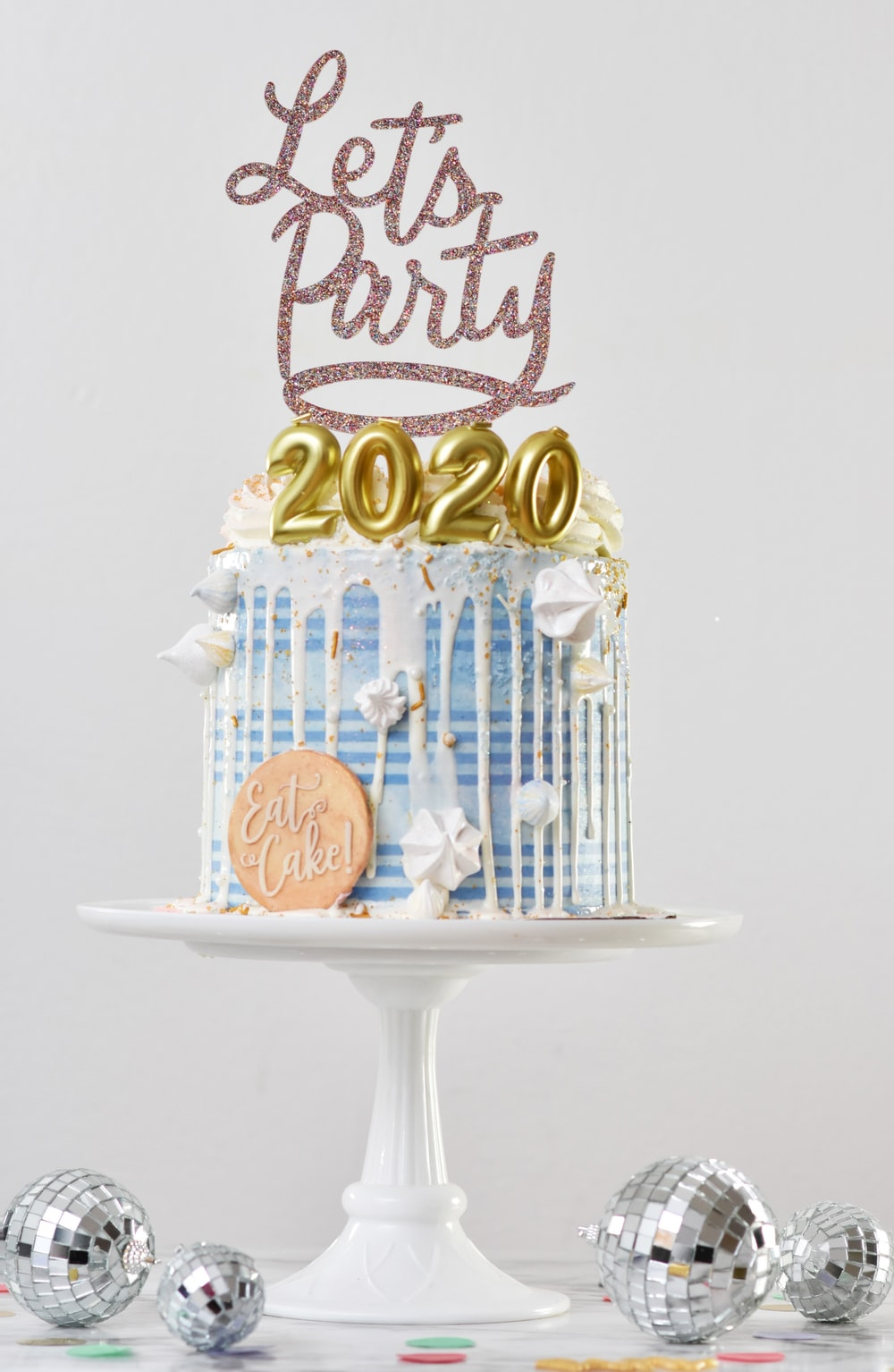 Let's Party 2020 cake on stand
