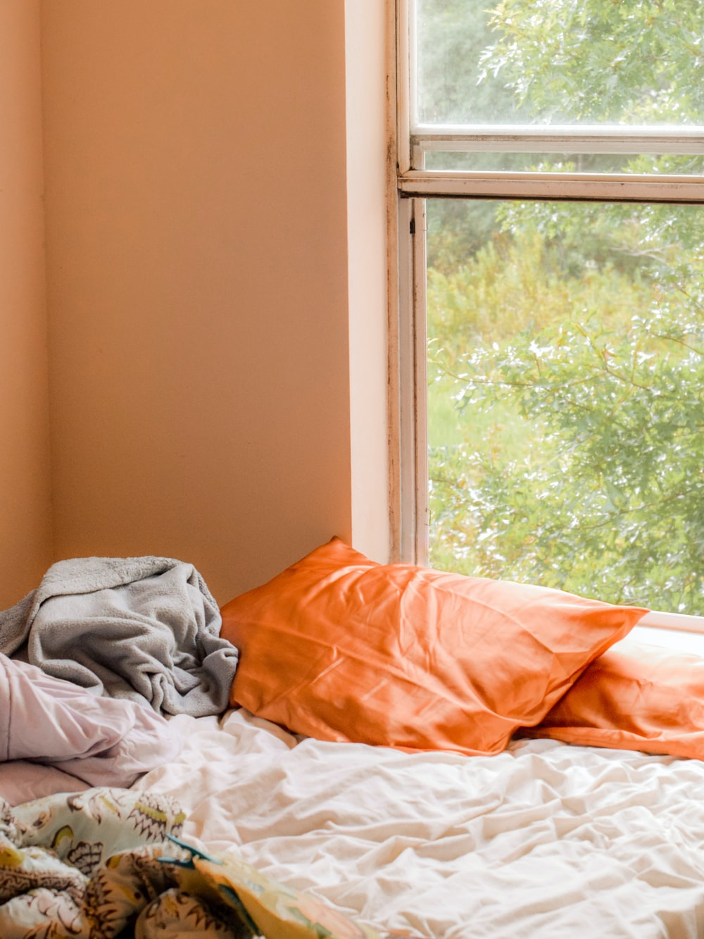 orange pillowcases