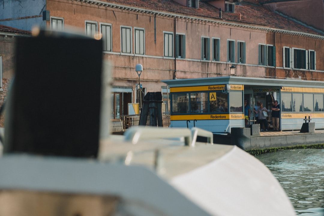 Venice water bus goes to the station