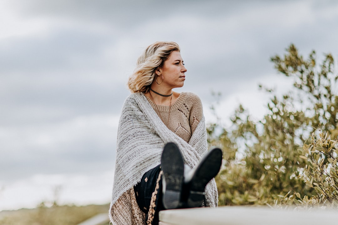 Girl, Portrait, Canon, Boots, Sweater, Florida, Blonde, Black Boots, Green, Outdoors,  - unsplash