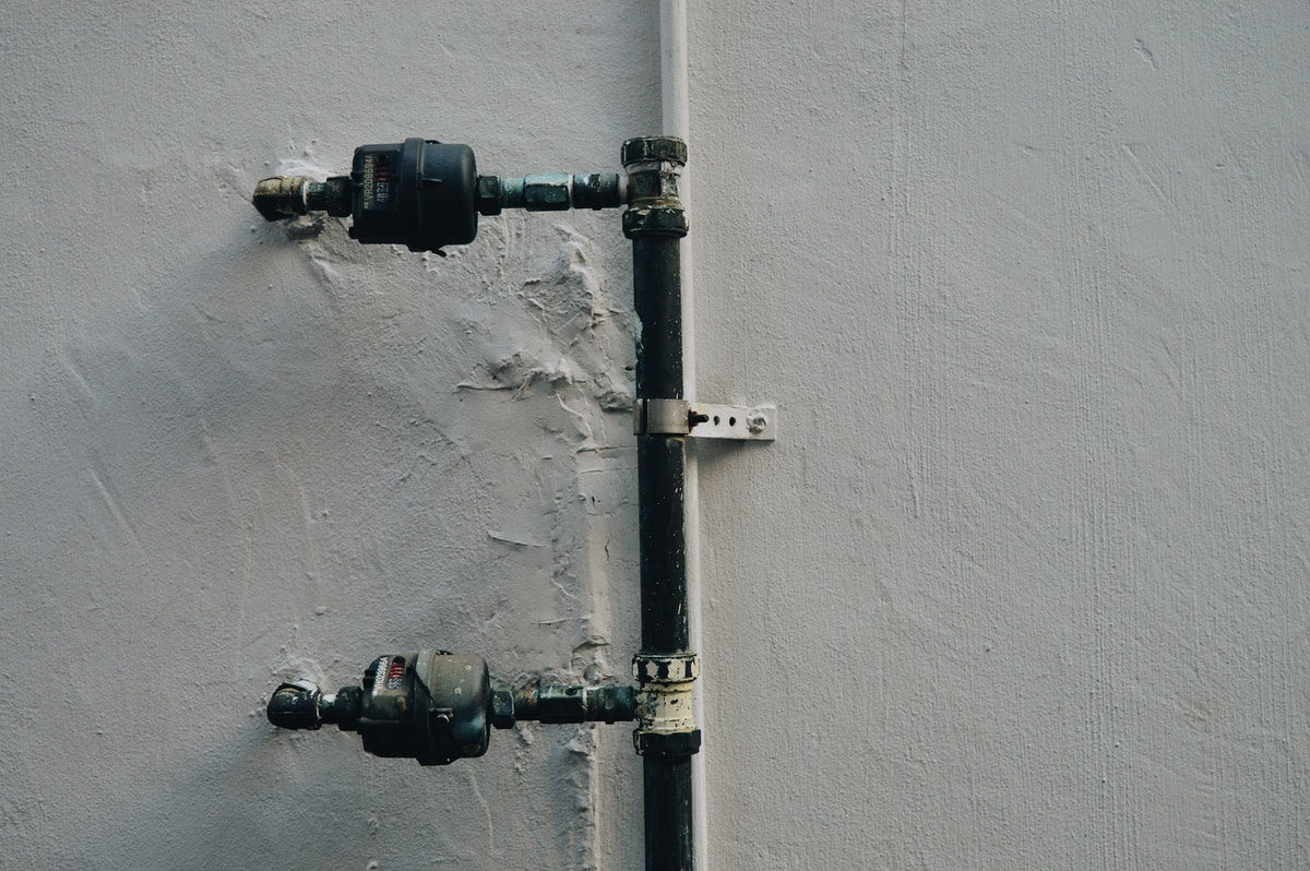 Plumber in Maywood, by California