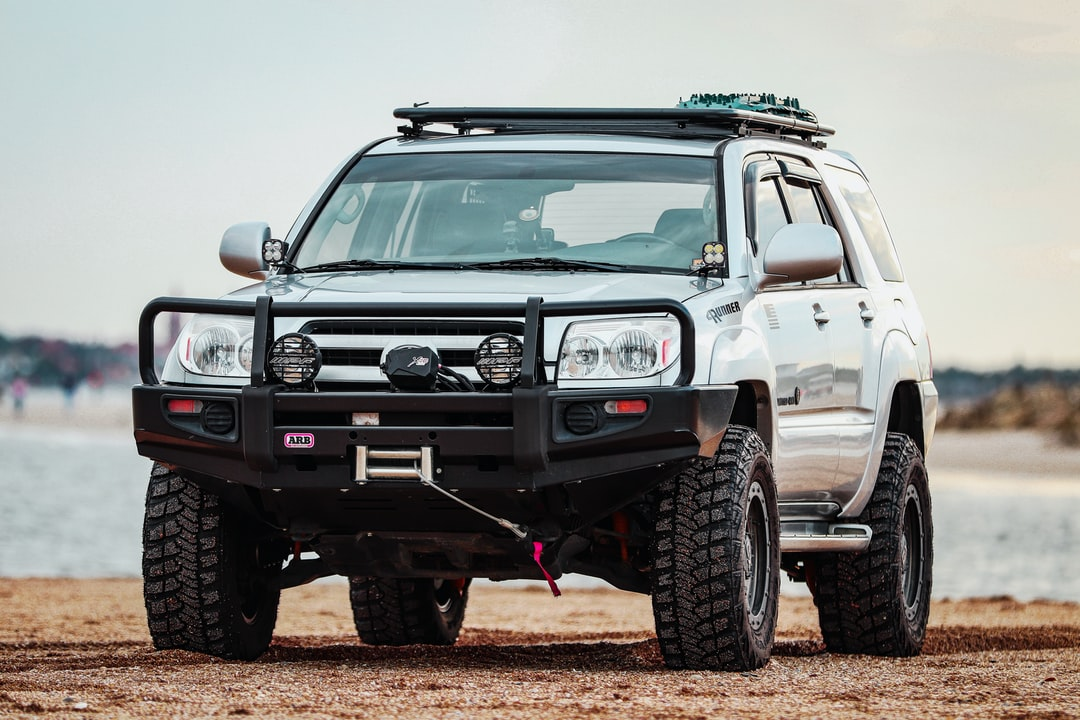 4x4 Off Road Vehicle! 100 % Ready For the Sand - unsplash