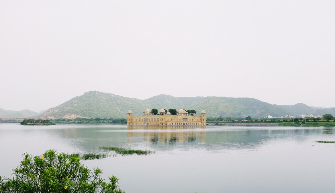 The Jal mahal in Rajasthan: 7-day itinerary around Rajasthan