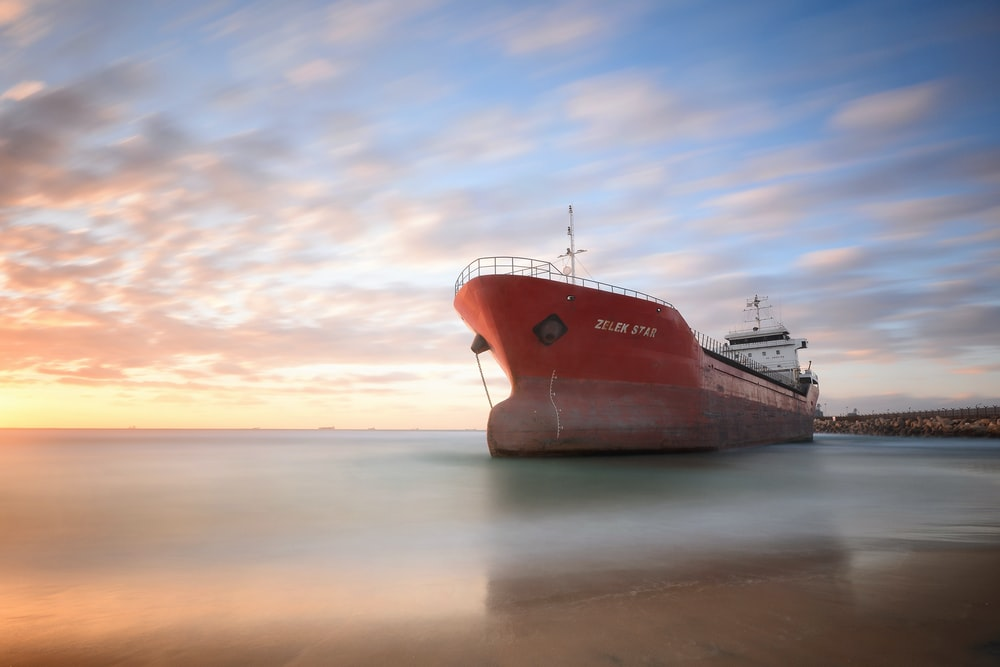 Best 500 Ship Images Hd Download Free Pictures On Unsplash
