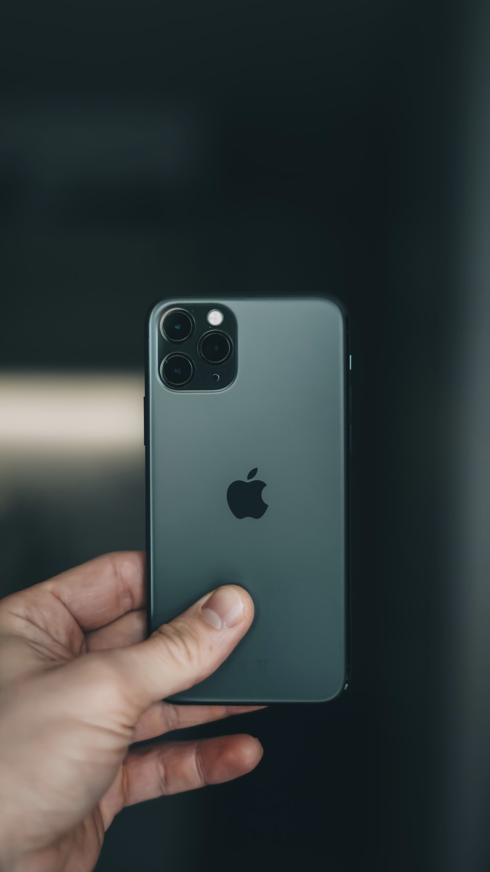 space gray iPhone 11