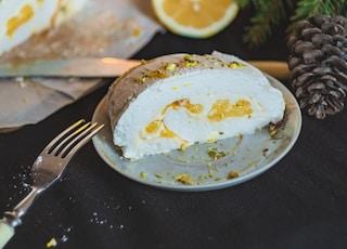 steamed bun on saucer