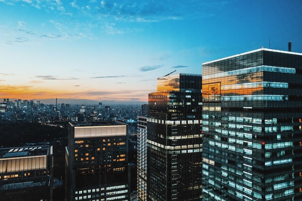 birds-eye view of cityscape under blue sky
