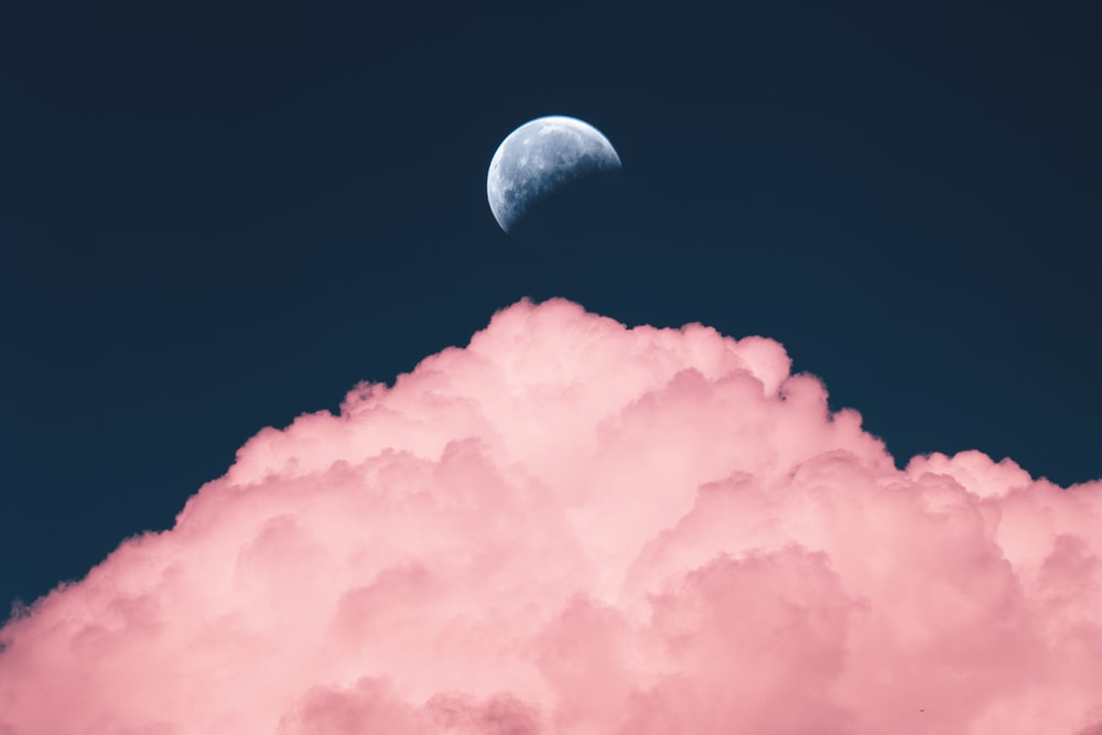 aesthetic purple color of moon