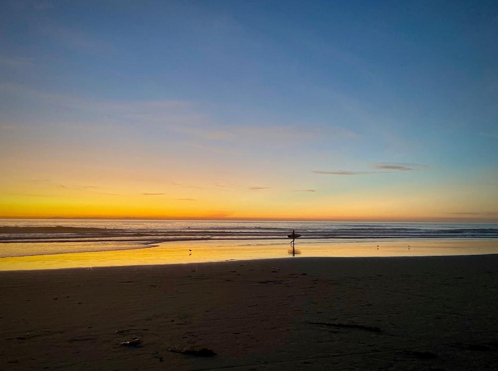 golden hour at beach