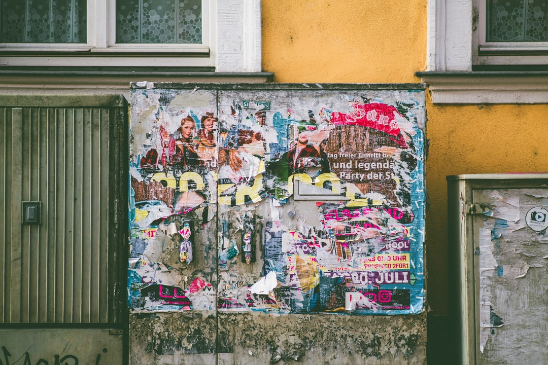 Urban street art – event poster. Made with Canon 5d Mark III and analog vintage lens, Leica Elmarit-R 2.8 135mm (Year: 1987)