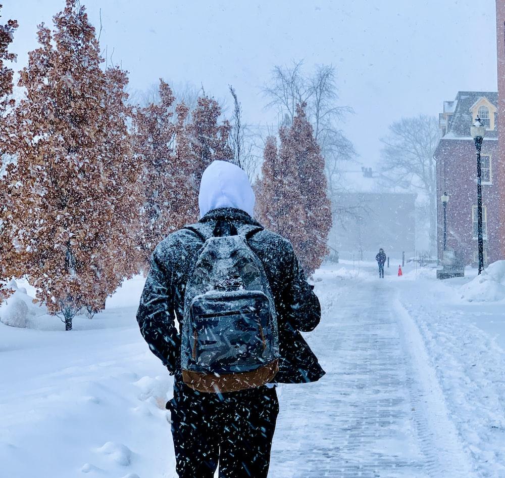 Beneficios de hacerse un injerto capilar en invierno
