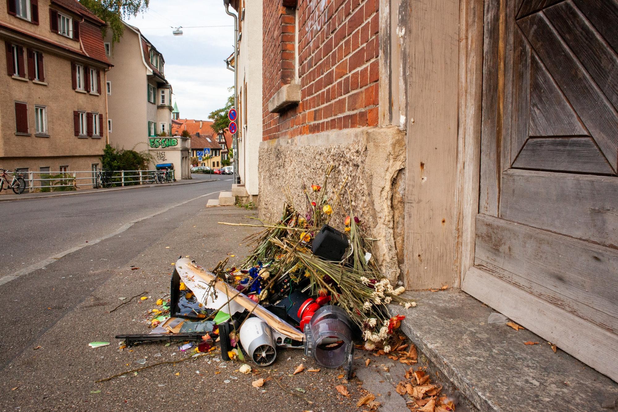 garbage heap, street, street panorama, wild garbage, pollution, dirt, street scene, garbage, waste, recycle