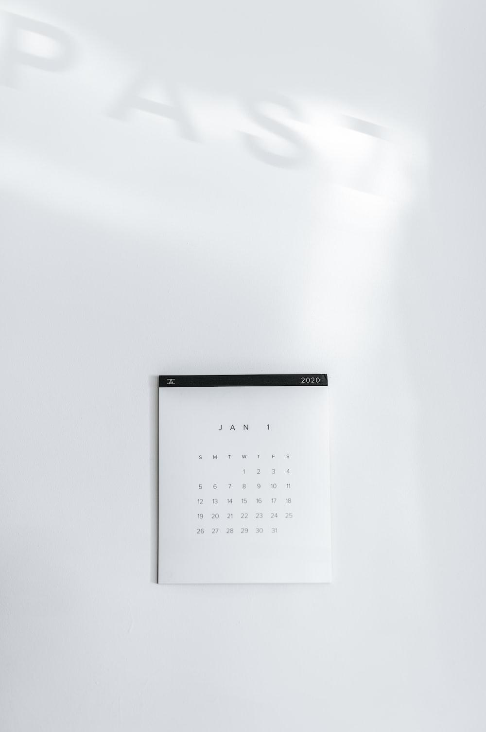 white calendar -