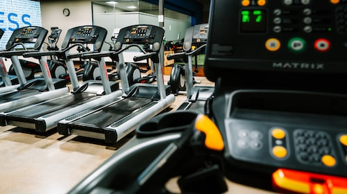 5 Easy Ways to Survive Long Runs on the Treadmill