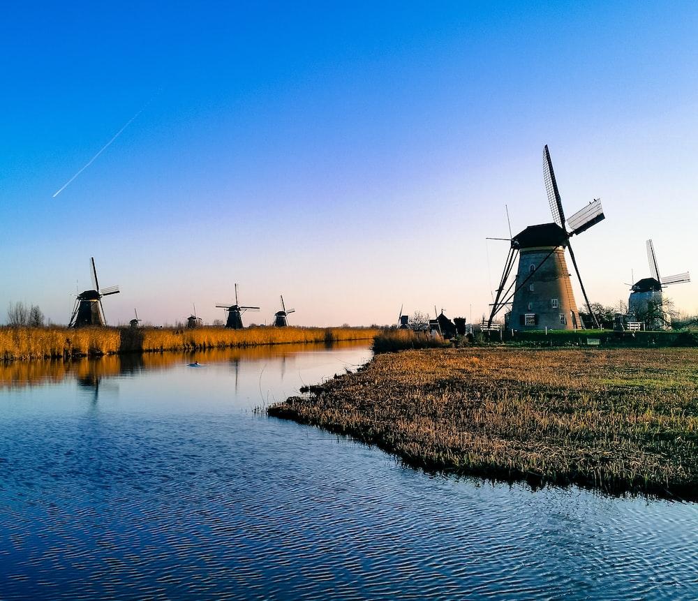 gray windmill