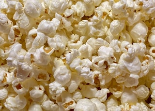 cooked popcorn