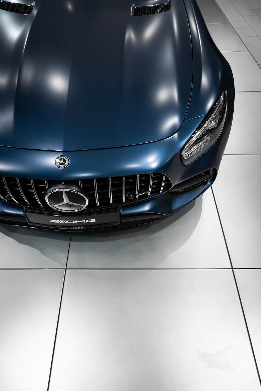 blue Mercedes-Benz vehicle