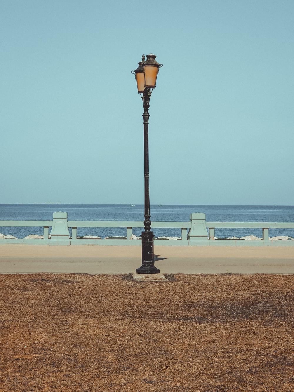 black lamp post