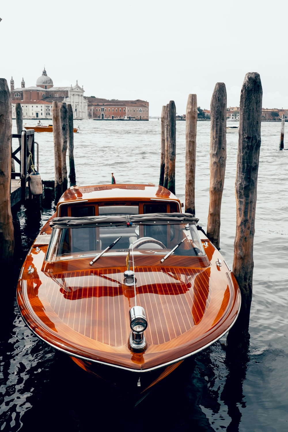 brown speed boat
