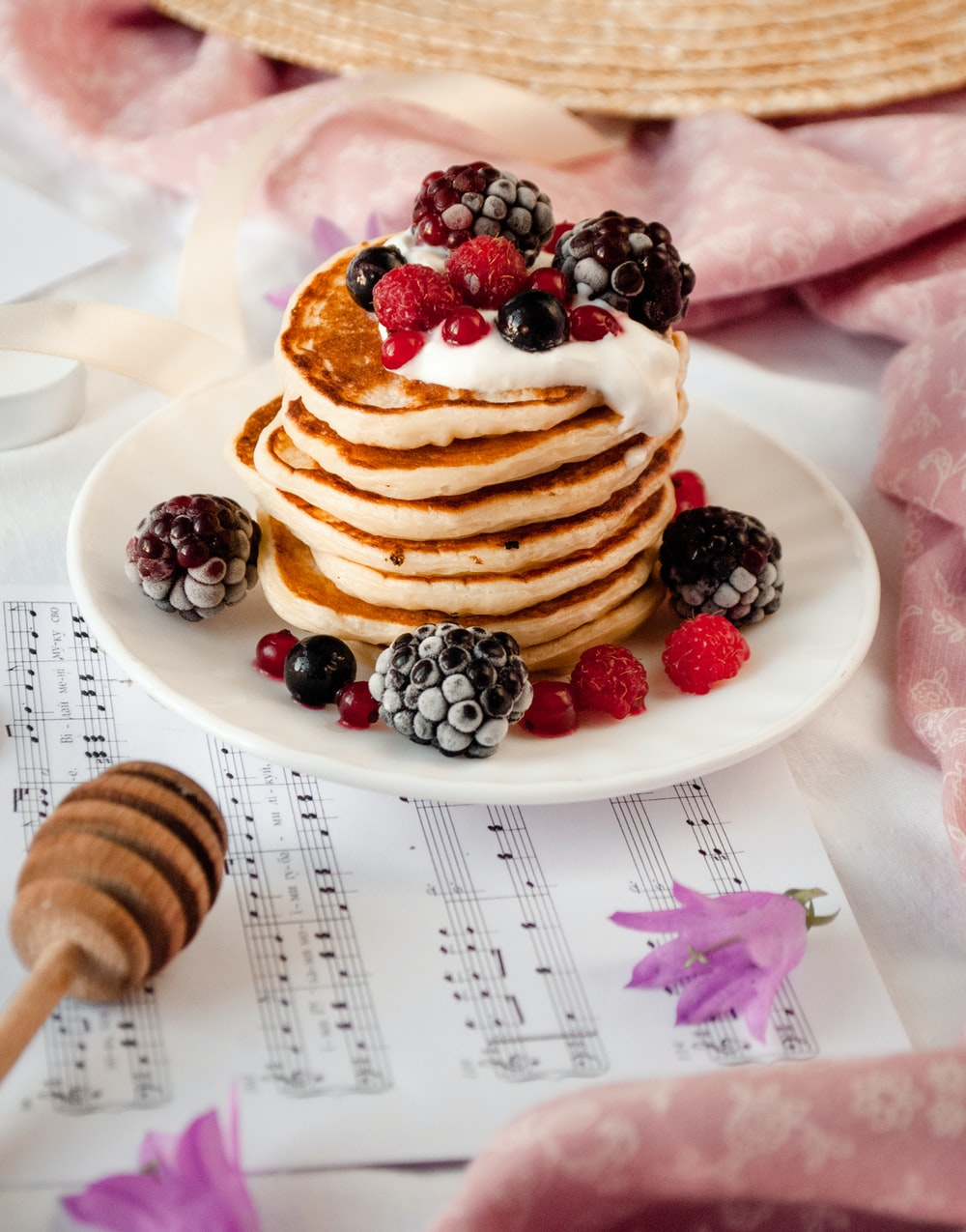 pancake with raspberry and blackberry fruits