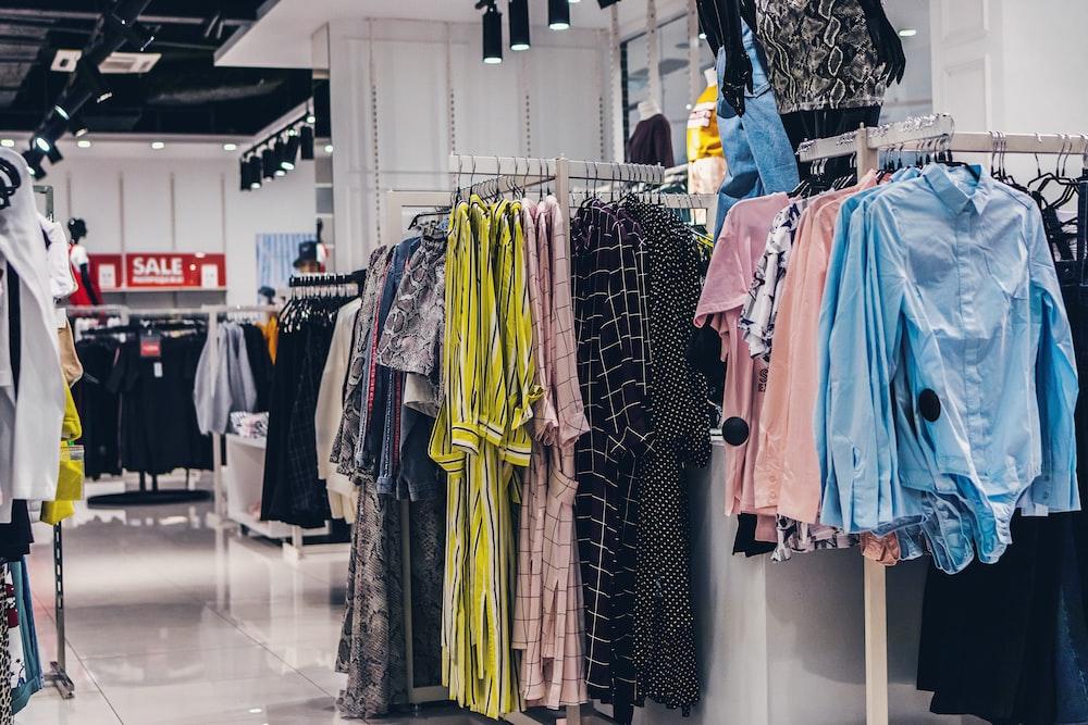 Peluang Bisnis di Surabaya: Grosis Pakaian