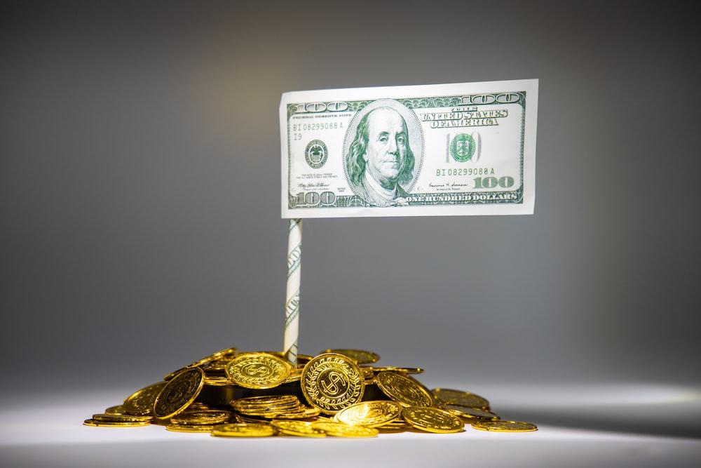 100米ドル紙幣