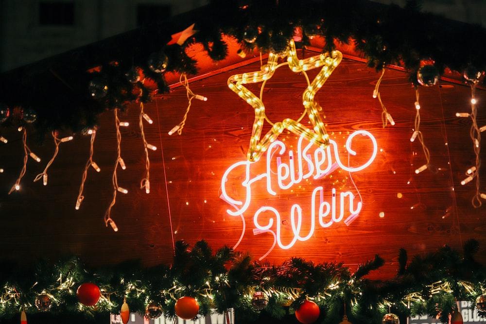 Gekser Weir neon signage