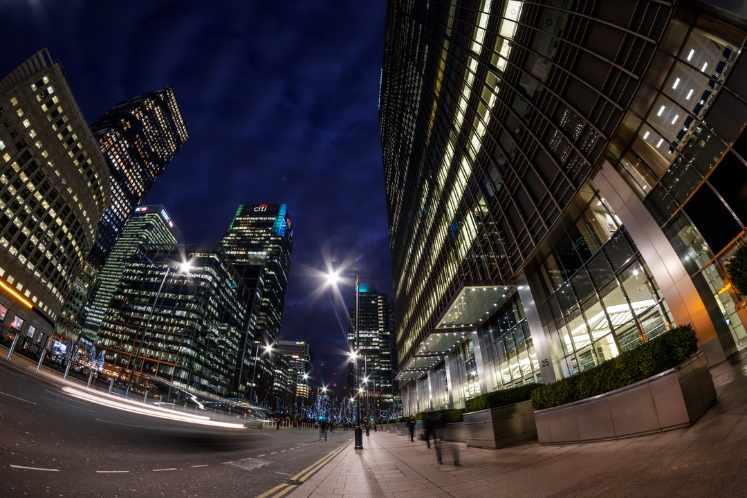 Canary Wharf In the Photographic Blue Hour.. - unsplash