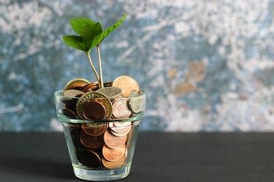 8 lette måder at spare (mange) penge på allerede i dag