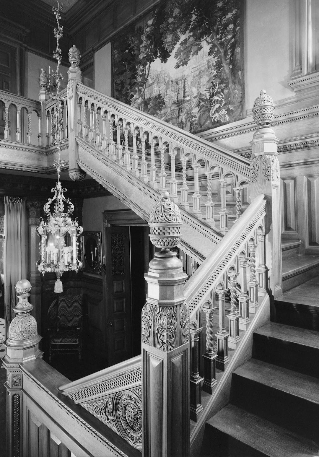 James C. Burbank House -- Stairhall, 432 Summit Avenue, Saint Paul, Ramsey County, MN. Photograph by Jack E. Boucher, 1960. From the Historic American Buildings Survey, HABS MINN,62-SAIPA,13-.  https://www.loc.gov/item/mn0010/.