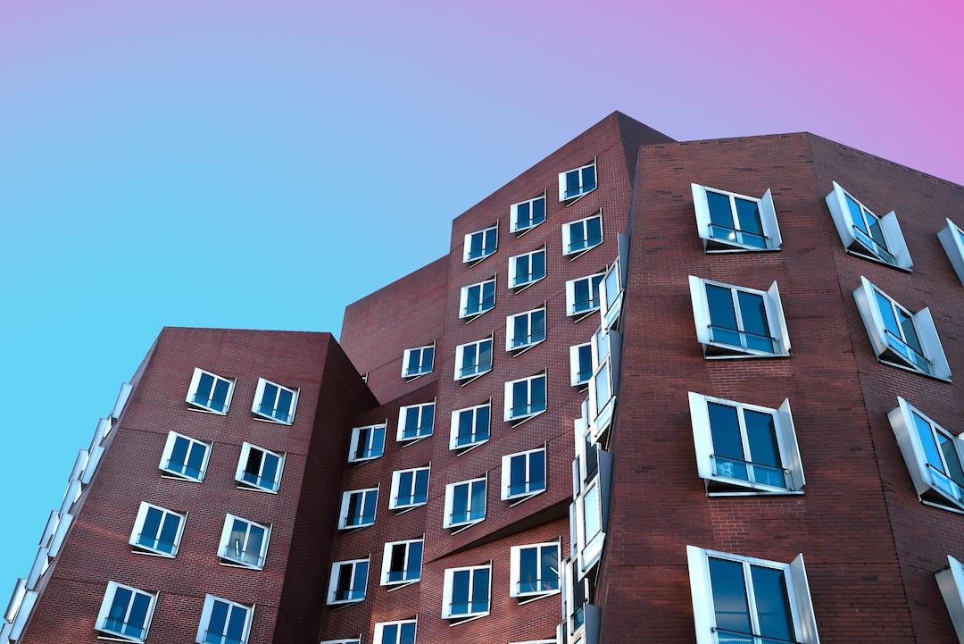 Buildings In Düsseldorf Medienhafen. Inspired By Community Member @heysupersimi. - unsplash