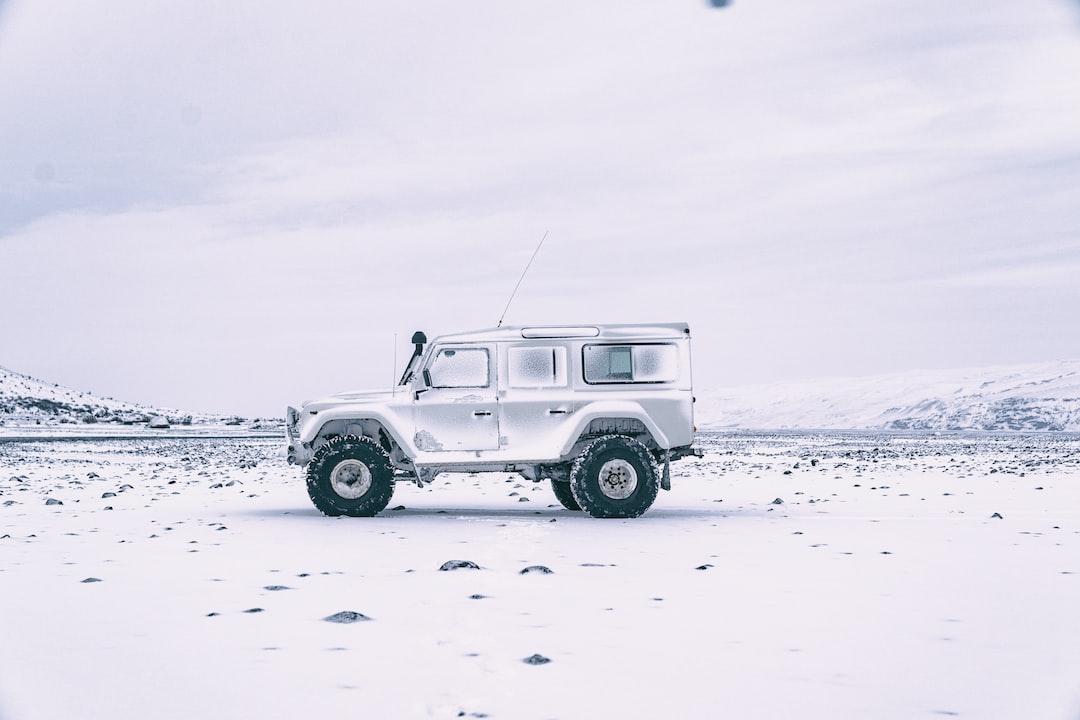 White On White - unsplash