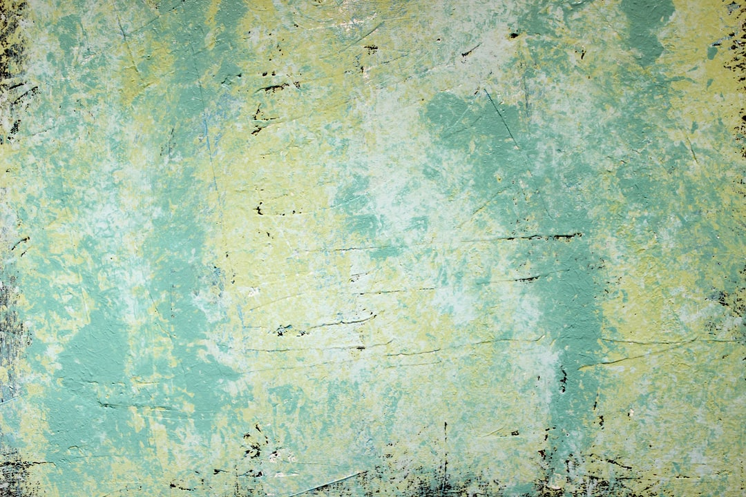 Abstract Acrylic Paint Painting With Cool Colors and Tones of Aqua, Blue, Green, Yellow, White, Ivory With Deep Texture In the Paint Strokes. Nice Background Or Wallpaper Image of Original Artwork and Mixed Media Techniques. Grunge Style. - unsplash