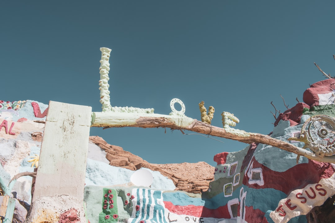 Salvation Mountain, Outside Slab City California. - unsplash