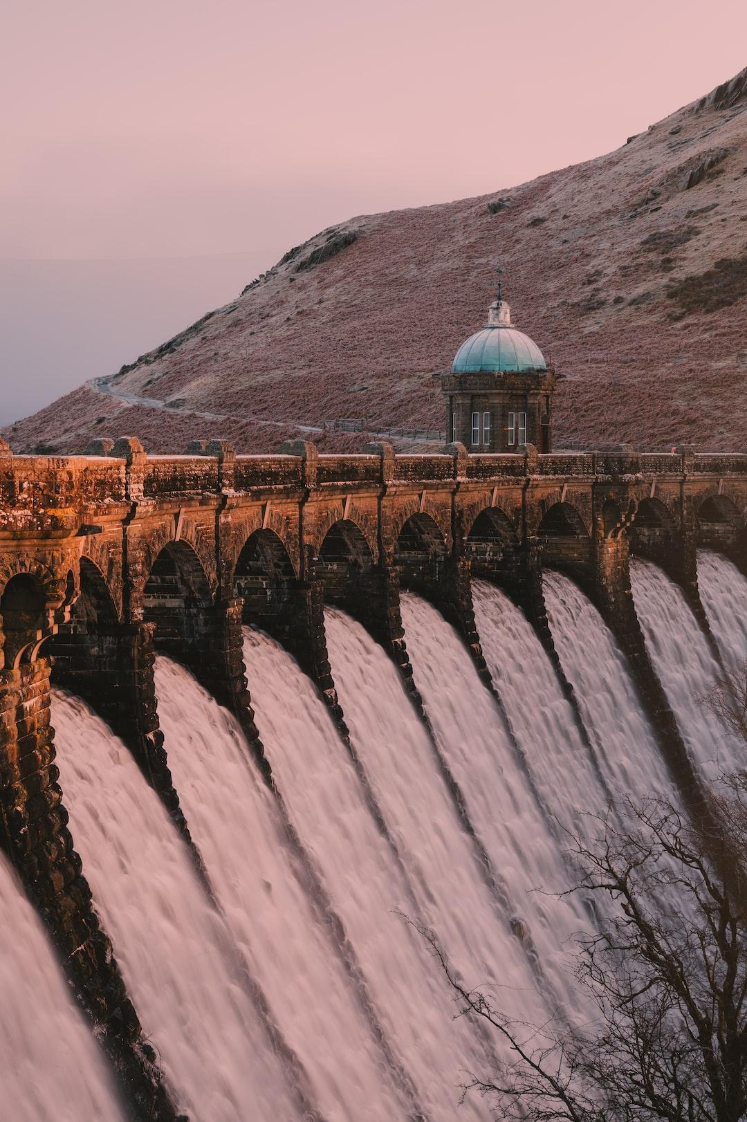 Craig Coch Dam at first light during winter.