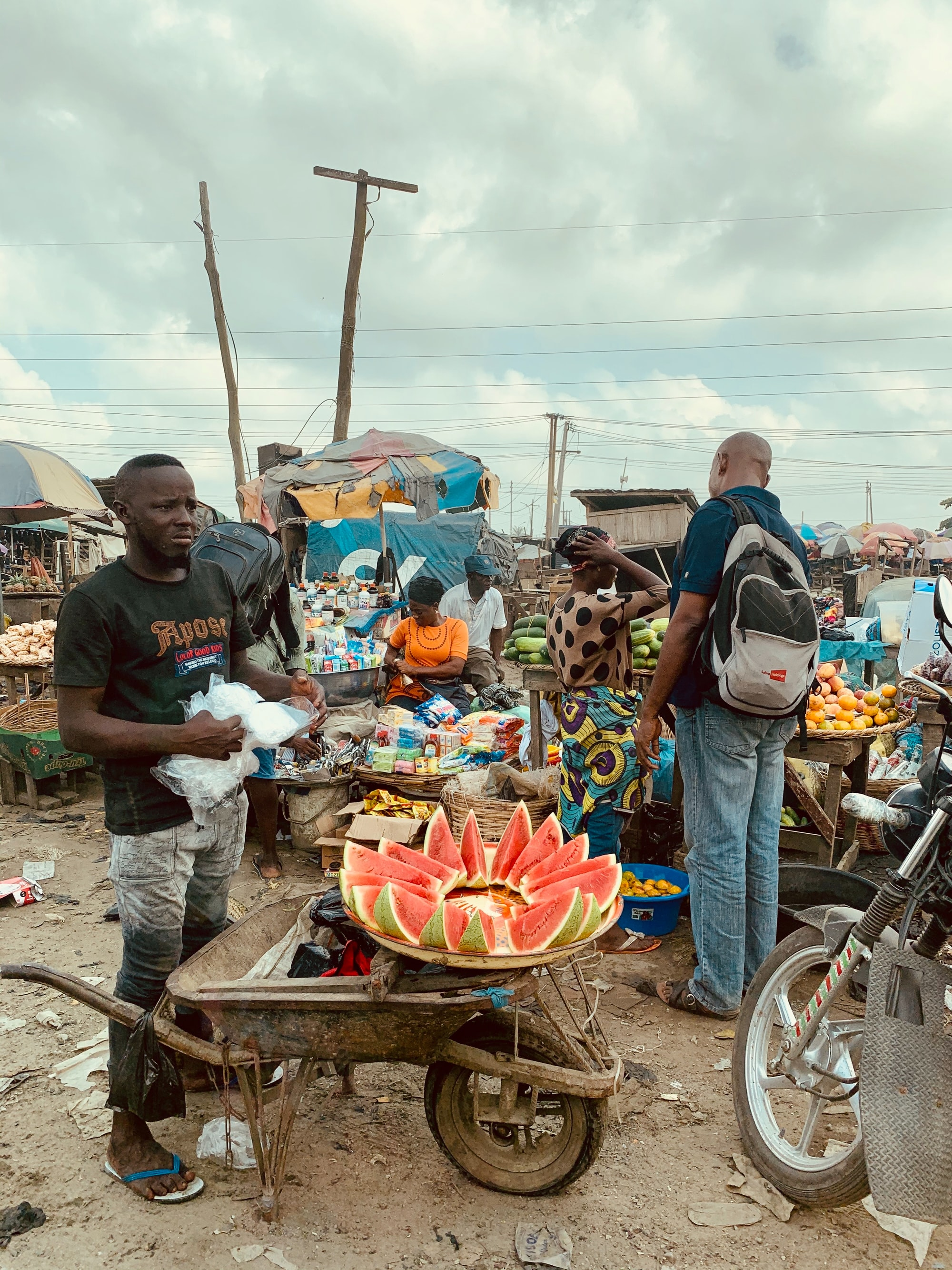 small business selling fruit in lagos